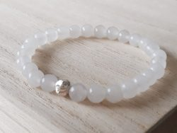 Armband witte jade - 6 mm