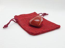 Jaspis rood - knuffelsteen
